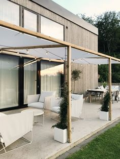Arrange in the Garden - Rebecca Center Although ancient throughout idea, your pergola has been Outdoor Pergola, Outdoor Spaces, Outdoor Living, Ikea Outdoor, Outdoor Sinks, Small Pergola, Modern Pergola, Backyard Pool Designs, Patio Design