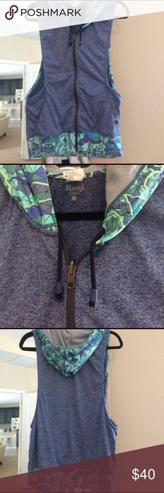 Just in🍓Maaji Fitness Hoodie EUC Maaji Fittness jacket with drawstring hoodie,grey pull zipper, stained glass print in grey, mint, green hood & trim, rest is blue marble, 100% polyester, no stains, no rips , no pearls, worn only 2 times Maaji Tops Sweatshirts & Hoodies
