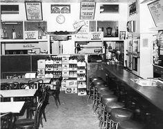 Original Home Run Inn restaurant on 31st Street in Chicago – 1947-1971