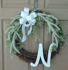 The Perfect Monogram Wreath ~ myneisslife.com
