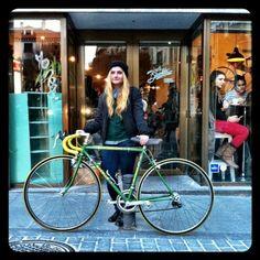 Cool Bike: La Bicicleta Café   ShopVictim