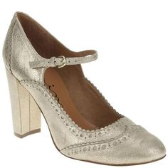 Nina Footwear Corp flapper shoes | More here: http://mylusciouslife.com/shopping-inspired-by-the-great-gatsby/
