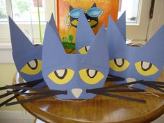Pete the Cat Birthday Party - Pete party hats