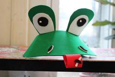 http://preschool-creative-learning.blogspot.com/2013/03/diy-last-minute-frog-costume.html