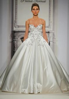 Pnina Tornai for Kleinfeld ball gown with sweetheart neckline and embroidery I Style: 4273 I https://www.theknot.com/fashion/4273-pnina-tornai-for-kleinfeld-wedding-dress?utm_source=pinterest.com&utm_medium=social&utm_content=july2016&utm_campaign=beauty-fashion&utm_simplereach=?sr_share=pinterest
