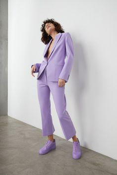 Tanya Taylor Pre-Fall 2020 Fashion Show Collection: See the complete Tanya Taylor Pre-Fall 2020 collection. Look 19 Purple Fashion, Suit Fashion, Fashion 2020, Fashion Show, Fashion Looks, Fashion Outfits, Womens Fashion, Fashion Trends, Lila Outfits