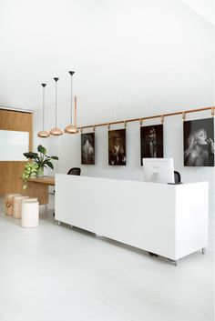 Precioso salón de belleza en Melbourne, diseñado por Techne .( Fonda Windsor , Regent street warehouse , Barry Café ) de estética minimali...