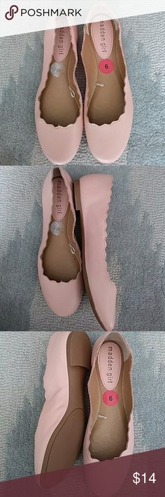 Madden Girl Pink Flora Ballet Flats Shoes size 6 In excellent, clean condition. There is some wrinkling in the shoes near the arches and very slight wear on the soles (just tried on and never worn outside). Size 6m.   All items ship the next day of purchase. Madden Girl Shoes Dress Shoes