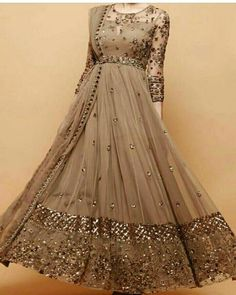 Simple Pakistani Dresses, Indian Gowns Dresses, Pakistani Bridal Dresses, Indian Fashion Dresses, Dress Indian Style, Indian Designer Outfits, Party Wear Indian Dresses, Long Dress Design, Stylish Dress Designs