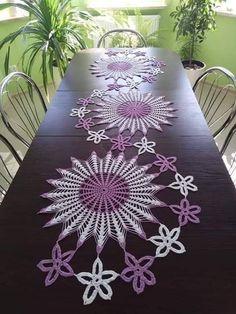 Crochet Table Topper, Crochet Table Mat, Crochet Table Runner Pattern, Crochet Mandala Pattern, Crochet Square Patterns, Crochet Diagram, Crochet Tablecloth, Crochet Designs, Crochet Dollies