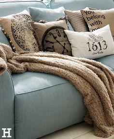 Lieblich Ein Sofa Zum Wohlfühlen. #sofa #einrichten #möbel #scandi #hygge #landhaus # Möbel #idee #inspiration #schlafsofa | Landhaus Romantik | Pinterest |  Living ...