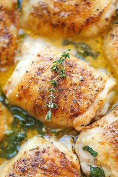 Lemon Butter Chicken - Fácil de frango crocante-concurso com o cremoso molho de limão manteiga nunca - você vai querer esquecer o frango e beber o molho em vez disso!