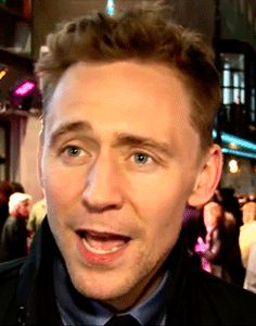 Tom Hiddleston's expression when he wants to answer a question without saying a spoiler