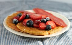 Emily Bites - Weight Watchers Friendly Recipes: Lemon Poppy Seed Pancakes