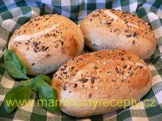 Grahamové housky kváskové - My site Bread Rolls, Baguette, Graham, Hamburger, Food, Breads, Diet, Rolls, Buns