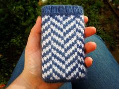 Herringbone iPhone cosy