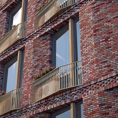 LO_ Residential Architecture Residential Architecture one storey Brick Architecture, Concept Architecture, Residential Architecture, Architecture Details, Masonry Work, Brick Masonry, Brick Cladding, Brickwork, Brick Design