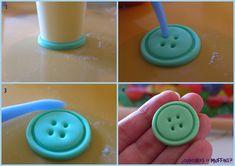 Un tutorial sencillito para iniciarse en esto del modelado de fondant.  ¡¡Unos botones fáciles y rápidos, y muy cucos!!