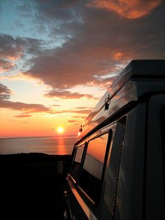Sunsets at the end of the Great Ocean Road, Reached the destination at the end of a journey Vw Camping, Camping Life, Outdoor Camping, Outdoor Travel, Glamping, Vw Campervan Hire, Travel For A Year, Combi Vw, Cool Vans