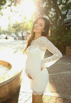 The HONEYBEE // Maternity Style (14 Weeks)...cute dress, I'm 14 weeks and I want my cute bump