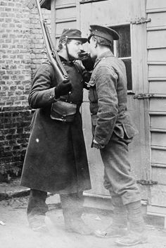 A French and British soldier at Étaples, c.1914-1915.