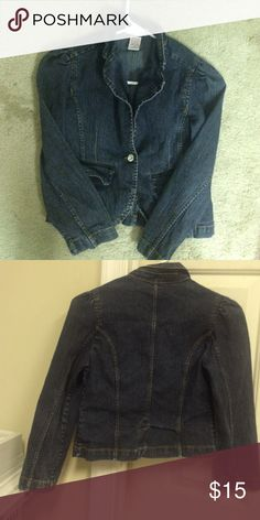 Girls denim jacket Dark denim jacket, great condition, worn once Xhilaration Jackets & Coats Jean Jackets