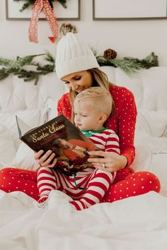 Christmas Pajamas for the Whole Family! - The Modern Mère by Liz Braga Christmas Pajamas for the Who Family Christmas Pajamas, Babies First Christmas, Christmas Baby, Family Christmas Photos, Christmas Family Photography, Baby Christmas Photoshoot, Xmas Family Photo Ideas, Holiday Pics, Holiday Photography