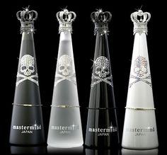 Another one for you Thaby: Skulls and beauty.  Mastermind Water- Swarovski/ 奢華礦泉水瓶