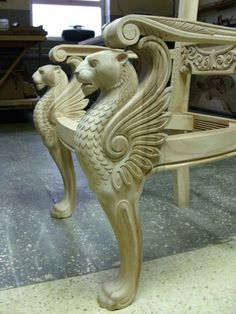 Wood Carving Designs, Wood Carving Art, Wood Art, Wooden Sofa Designs, Wood Bed Design, Furniture Legs, Home Decor Furniture, Wood Carving Chisels, Classic Furniture