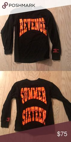43b8cd5c3374 DRAKE SUMMER SIXTEEN TOUR CREWNECK Drake summer 16 tour CREWNECK Size small  Long sleeve Only worn