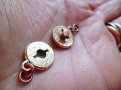 wow. Advanced./ Box toggle-clasp tutorial / amazing - http://fluxplay.blogspot.ca/2013/11/box-toggle-clasp-tutorial.html #jewelrymaking