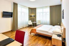 Booking.com: Austria Trend Hotel Europa Wien , Wien, Österreich - 4332 Gästebewertungen . Buchen Sie jetzt Ihr Hotel! Hotel Europa, Trends, Austria, Bedroom Ideas, Furniture, Home Decor, Decoration Home, Room Decor