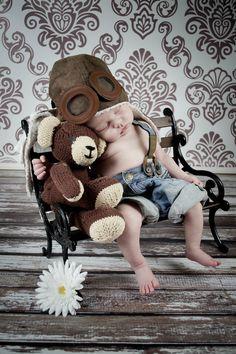 Beatrice2013: Kuscheln mit Teddy :*