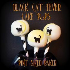 Found these cakepops at Pint Sized Baker: Halloween Cat Cake Pops Halloween Cake Pops, Halloween Eyeballs, Halloween Sweets, Halloween Fun, Halloween Baking, Halloween Foods, Pumpkin Cake Pops, Cute Pumpkin, Cupcakes
