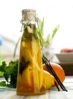 Gyldne dråber  En lækker snaps, der passer godt til det traditionelle, kolde påskebord. Den er både frisk og let i smagen
