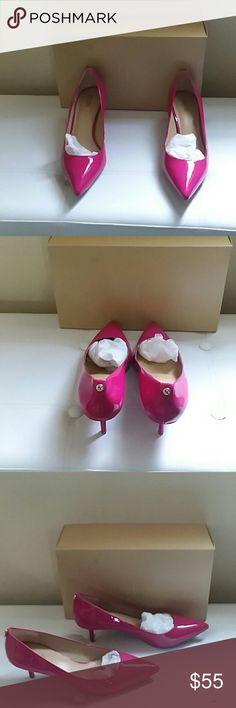"MICHAEL KORS FLEX  PUMPS, SIZE 8-1/2 M PLEASE FEEL FREE TO ASK QUESTIONS BEFORE PURCHASE   NWT, NO TOP ON BOX, WRAPPED  COLOR: FUSCHIA  KITTEN HEEL PATENT LEATHER  2-1/2"" HEEL SEE 4TH PIC FOR NWT MICHAEL KORS Shoes Heels"