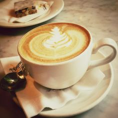 #coffee + #torrone. L'Espresso-Bar Mercurio, Toronto.