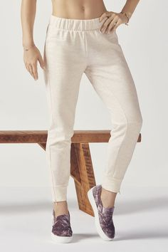 Keep your off-duty style elevated in our slim-slouch joggers with zippers at the ankles and a comfy elastic waistband. | Fabletics Asha Jogger