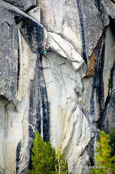 "rockpilgrim:  kenetzel:  Do or Fly? Trish McGuire decides to ""do"" on the Tuolumne classic.   Amazing wall"