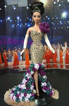 Ooak barbie ninimomo s miss mexico 2011 Beautiful Barbie Dolls, Vintage Barbie Dolls, Barbie Gowns, Barbie Clothes, Manequin, Barbie Miss, Diva Dolls, Black Barbie, Barbie Collection