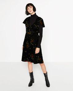 Image 2 of PRINTED VELVET DRESS from Zara