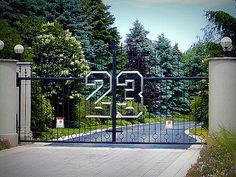 FOR SALE: Michael 23 Jordan's Mansion