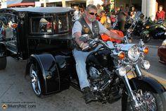 Motorcycle-hearse-trailer.jpg 2,048×1,366 pixels