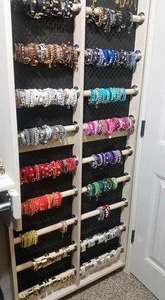 Creative way to store Bracelets Jewelry Closet, Jewelry Wall, Jewelry Organizer Wall, Wall Organization, Jewelry Armoire, Jewelry Holder, Jewellery Storage, Jewellery Display, Jewelry Organization