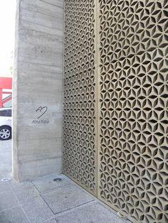 Fachada Installation Architecture, Facade Architecture, Breeze Block Wall, Jaali Design, Oscar Freire, Lattice Screen, Main Entrance Door, Metal Grill, Building Skin