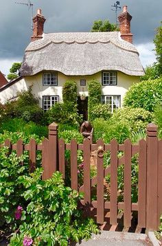 08/05/16 - Dear Deanna; a beautiful cottage with a lovely garden for you to…