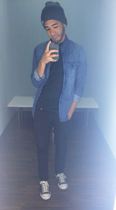 #Hipster #Men #Beanies #Selfie #FittingRoom #Converse