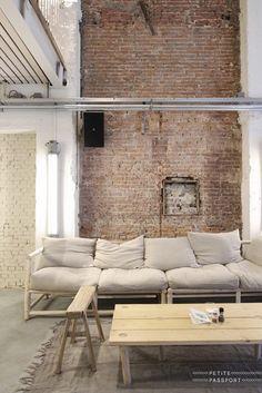 Brick; White paint; bleached primitive wood; comfy, warm furniture; well done indeed!......and it won't break the bank!.  Las Cositas de Beach & eau