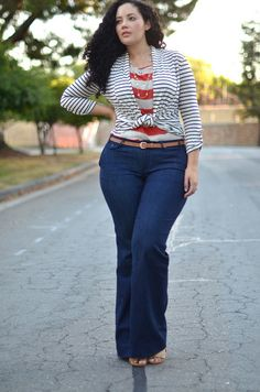 Nice Style for a curvy girl @Katey Lamberton this make me think of you, because of the colors...<3s