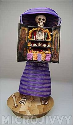 DIA DE LOS MUERTOS/DAY OF THE DEAD~Skull box shrine